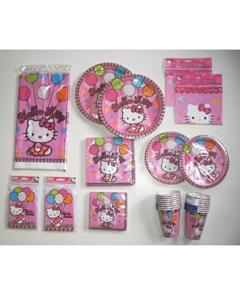 Hello Kitty Balloon Dreams Deluxe Package for 16 Guests