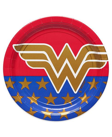 Wonder Woman Lunch Dinner Plates 8 Ct